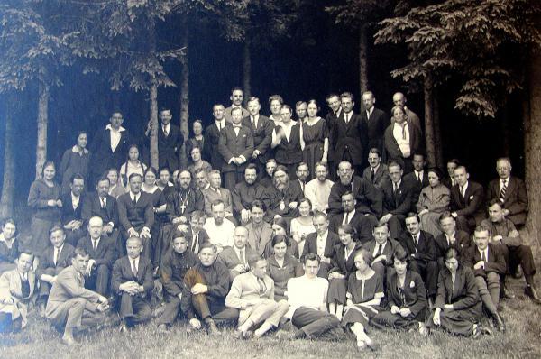 Un des premiers congrès de l'ACER (Action chrétienne des étudiants russes)